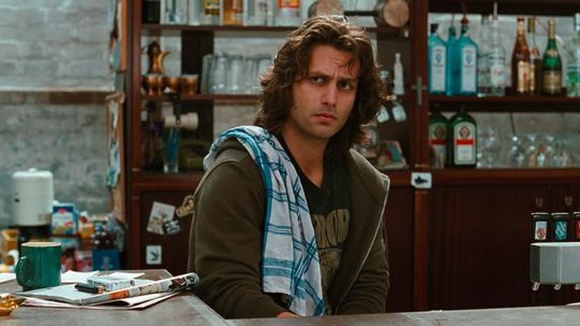 Porträt Adam Bousdoukos: Adam Bousdoukos spielt Zinos, den Besitzer des Soul Kitchen