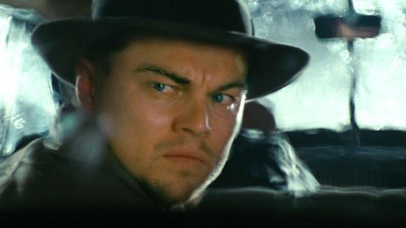 """""""Shutter Island"""": Spurensuche auf der Gefängnisinsel: Leonardo DiCaprio als US-Marshal Teddy Daniels in """"Shutter Island"""""""