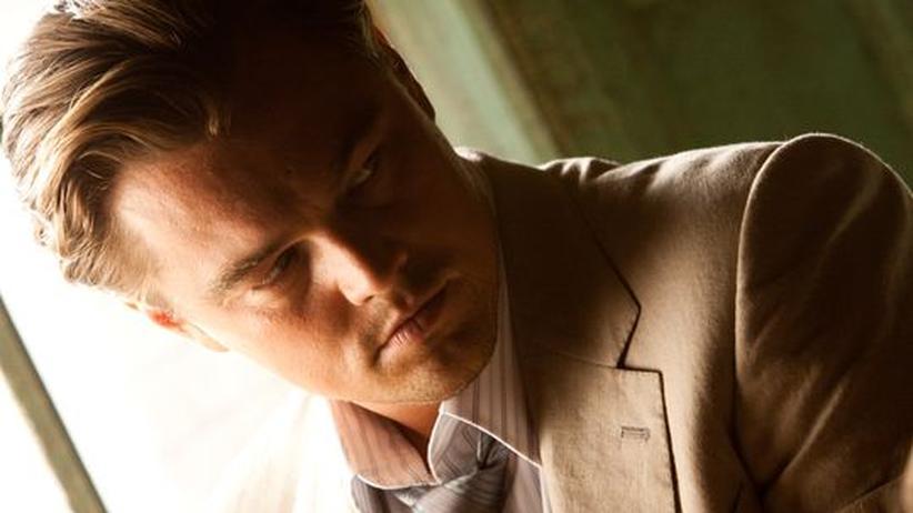 """Film """"Inception"""": Er verschafft sich Zugang zu den Träumen anderer Menschen und klaut deren Geheimnisse: Dom Cobb alias Leonardo di Caprio"""