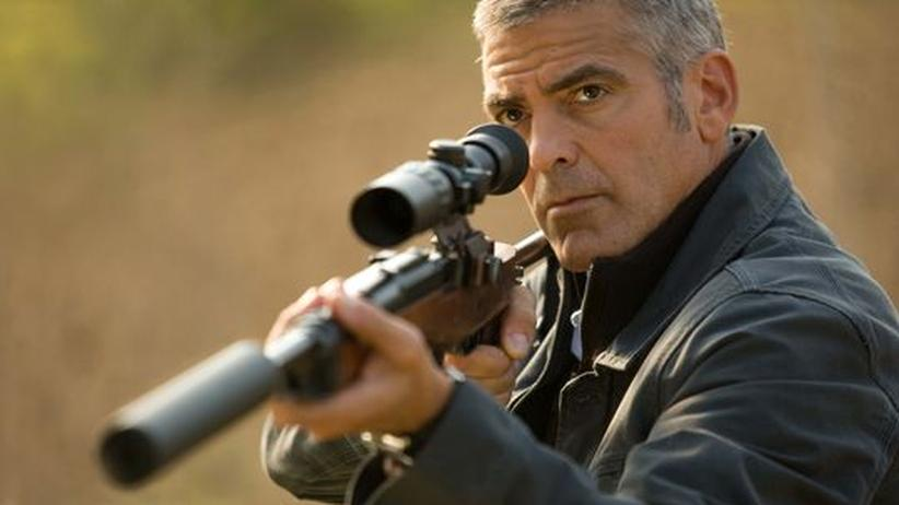 "Film ""The American"": Der Killer (George Clooney) am Abzug"