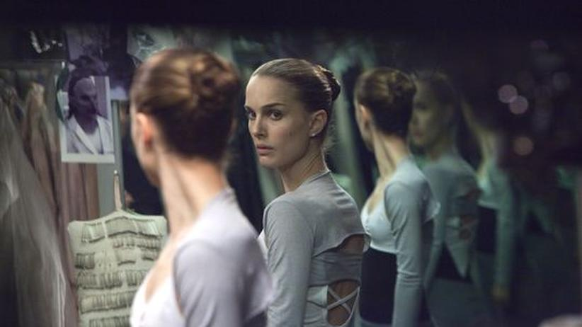 """Film """"Black Swan"""": Natalie Portman als Nina im Gruselkabinett der Selbstbespiegelung"""