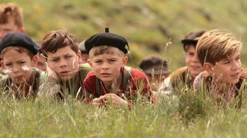 """Film """"Krieg der Knöpfe"""": Kindliche Résistance im Retro-Frankreich"""