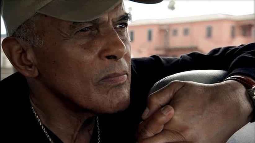 Belafonte-Dokumentation: Harry Belafonte in LA auf dem Weg zu ehemaligen Gang-Mitgliedern