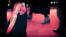 """Berlinale-Wettbewerb """"Close-Up!"""": Roter Teppich, schwarze Roben"""