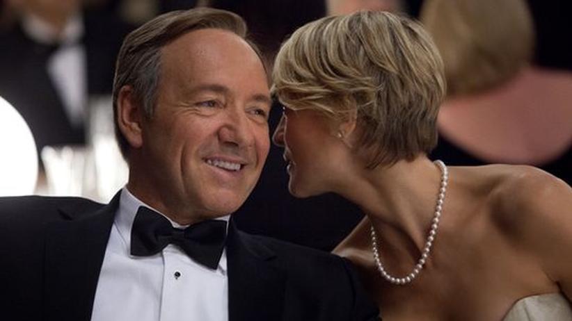 Serien auf Netflix: Francis Underwood (Kevin Spacey) mit seiner Ehefrau Claire (Robin Wright)