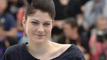 """Die deutsche Regisseurin Katrin Gebbe vor der Premiere ihres Films """"Tore tanzt"""" in Cannes"""