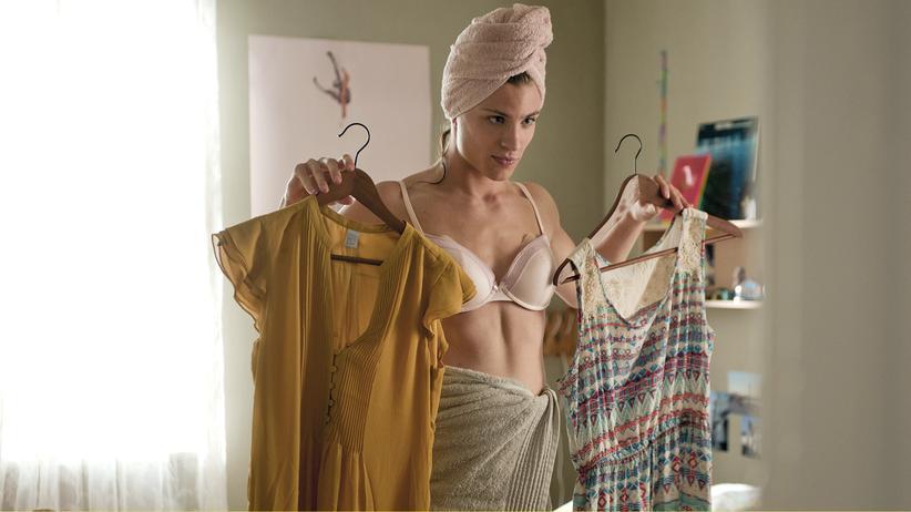 Seit er Helen heißt, weiß Finn nicht mehr, was er anziehen soll.