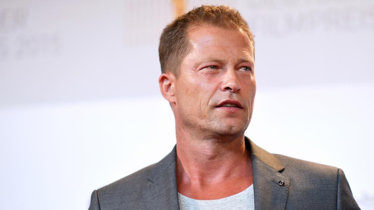 til schweiger ich scheiss auf euch zeit online. Black Bedroom Furniture Sets. Home Design Ideas