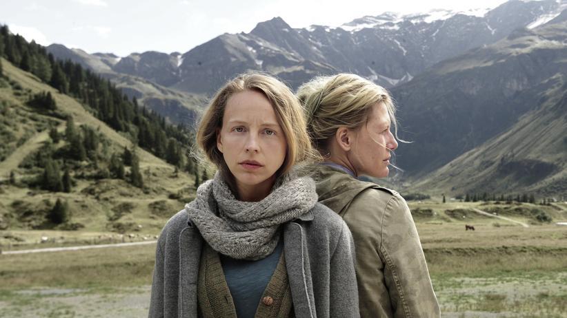 """Das Dorf des Schweigens:In dem ZDF-Film """"Das Dorf des Scheigens"""" ringt eine Familie mit der Vergangenheit."""