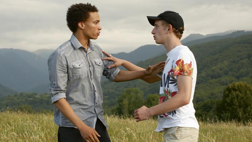 """""""Mit siebzehn"""": Thomas  (Corentin Fila) und Damien (Kacey Mottet Klein) im Liebesfilm """"Mit siebzehn"""""""