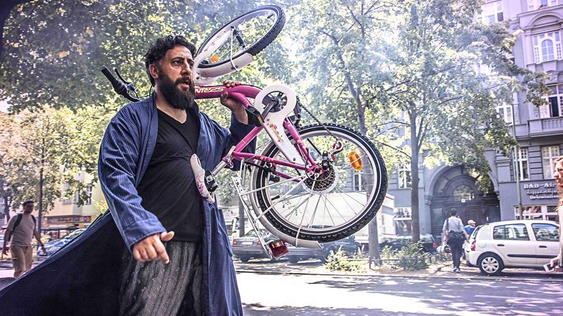 """""""4 Blocks"""": Der Clanchef Tony Hamady (Kida Khodr Ramadan) aus """"4 Blocks"""""""