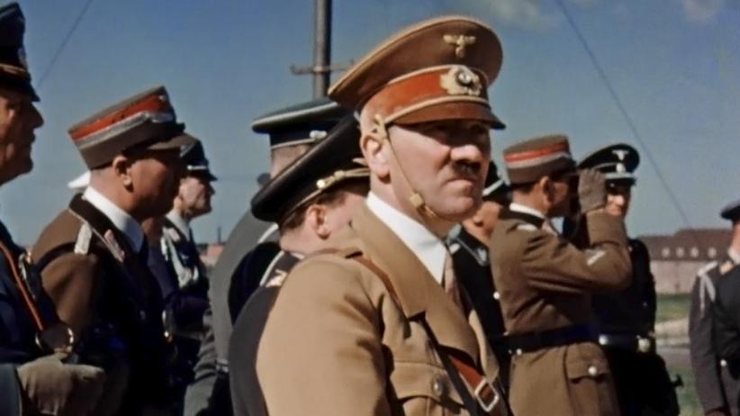 Hitler bei einem Luftwaffenmanöver auf dem Darß, Mecklenburg, Sommer 1938