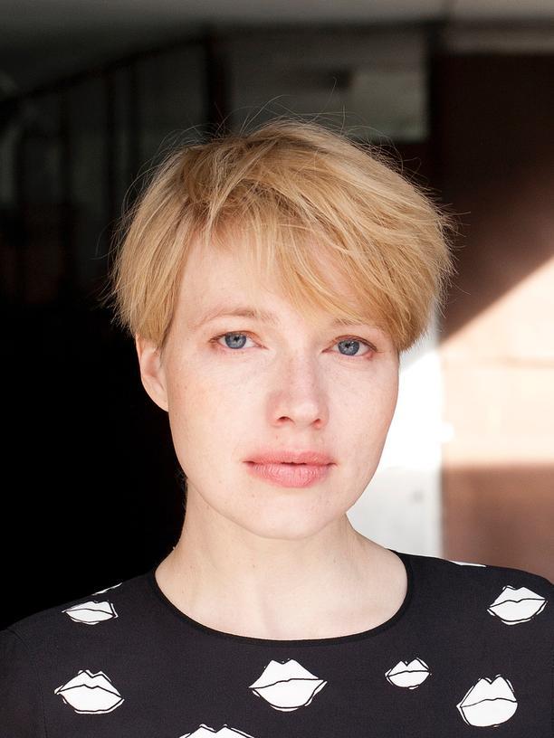 #NobodysDoll: Die Schauspielerin und Drehbuchautorin Anna Brüggemann