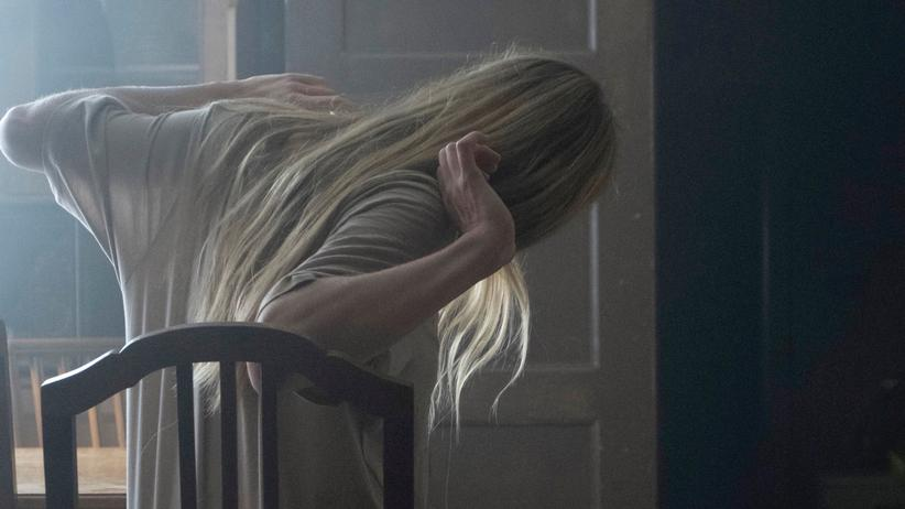"""""""Tatort"""" Bremen: Die Vampirin Nora (Lilith Stangenberg) erwacht."""