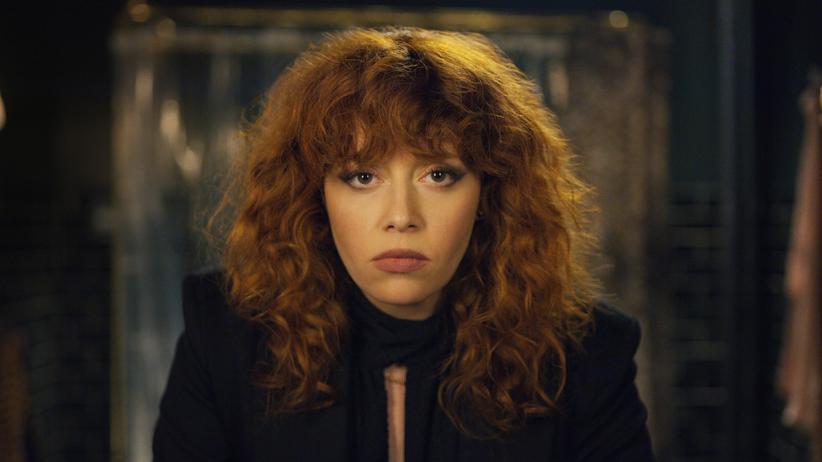 """Matrjoschka"": Natasha Lyonne als murmeltiergeplagte Nadia in der Netflix-Serie ""Matrjoschka"""
