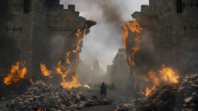 Was haben wir gemeinsam nicht alles durchlitten: Tyrion (Peter Dinklage) läuft durch das zerstöre King's Landing