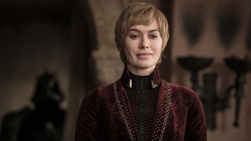 """""""Game of Thrones"""": Wartet auf den Ausgang der finalen Schlacht: Königin Cersei (Lena Headey) in der vorletzten Episode von """"Game of Thrones"""""""