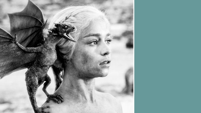 """TV-Serien: Anfangs waren Daenerys' Drachen noch putzig, klein und preiswert: Aus """"Game of Thrones"""" wurde im Laufe der Zehnerjahre eine der teuersten, meist gesehenen und meist raubkopierten Fernseherzählungen."""
