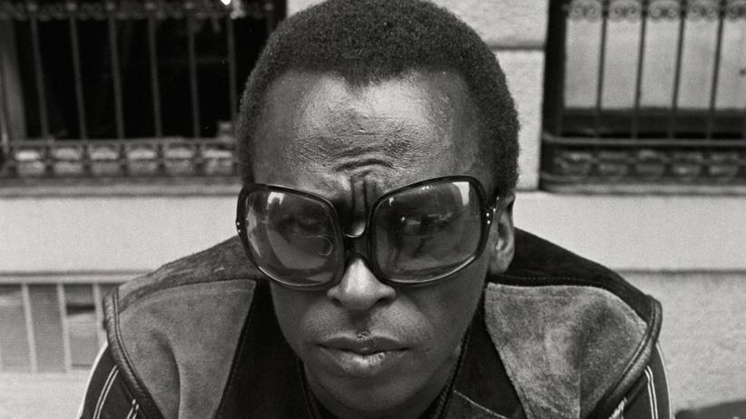 """""""Miles Davis: Birth of the Cool"""": """"Unser schwarzer Superman"""" wird Miles Davis in Stanley Nelsons Kinodoku über den Musiker genannt. Das ist natürlich eine Verkürzung. Davis war ein komplizierter Mann."""