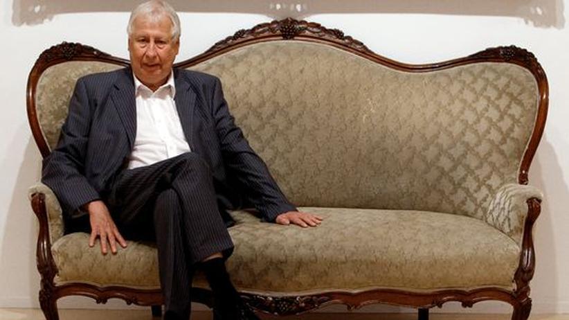 "Hans-Peter Feldmann: Hans-Peter Feldmann bei der Eröffnung seiner ""An Art Exhibition"" im Reina Sofia Museum, Madrid (Archivbild)"