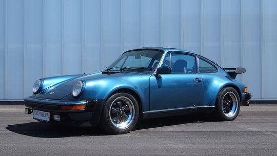 Im Juni versteigerte das Auktionshaus diesen Porsche 911 Turbo 3.3 von 1979 Porsche, der einst Microsoft- Gründer Bill Gates gehörte.