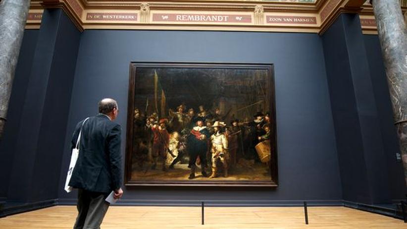 """Rijksmuseum Amsterdam: Rembrandts """"Nachtwache"""" ist das einzige Werk im Rijksmuseum, das wieder an seinen ursprünglichen Ort zurückgekehrt ist."""