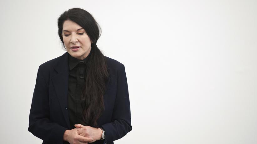 Marina Abramović: Vom Brüllen zum Schweigen