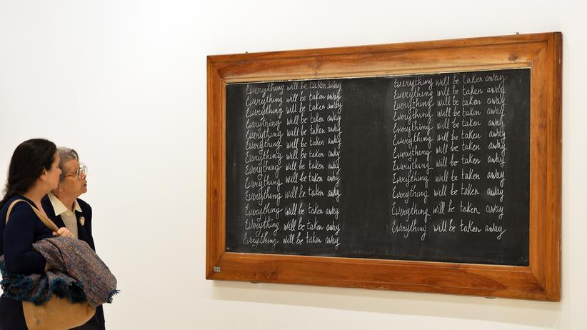 Kultur, Kunst-Biennale , Okwui Enwezor, Piper Verlag, Ausstellung, Auszeichnung, Biennale, Forschung, Kunst, Künstler, Loewe, Nigeria, Piper Verlag, USA, Berlin, Venedig
