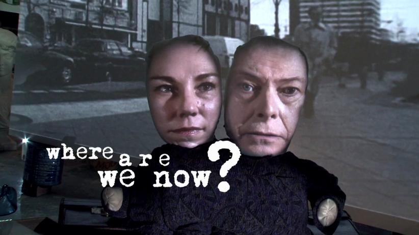 "Tony Oursler: Eine Szene aus dem Musikvideo zu ""Where are we now?"" von 2013"