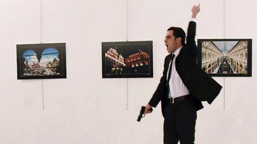Politische Kunst: Im Kugelhagel der Realität