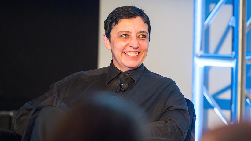 Beatrix Ruf: Beatrix Ruf ist als Direktorin des Stedelijk Museum mit sofortiger Wirkung zurückgetreten.