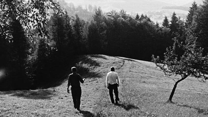 Bernhard (l.) und Useld (r.) beim Beziehungsgespräch