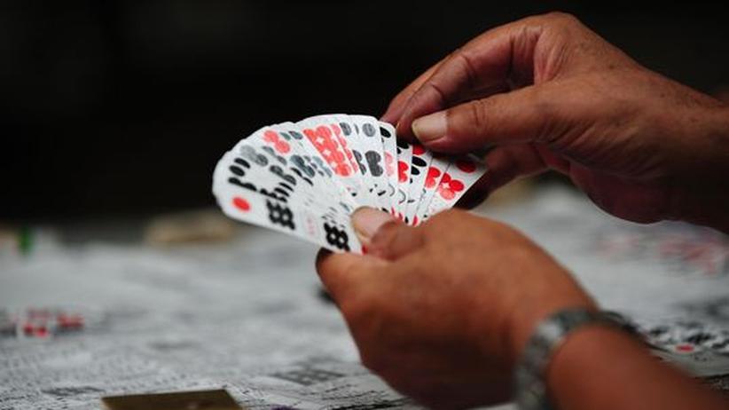 Glücksspiel: Das Spielen liegt in der menschlichen Natur, sagt der Schriftsteller Michael Kohtes