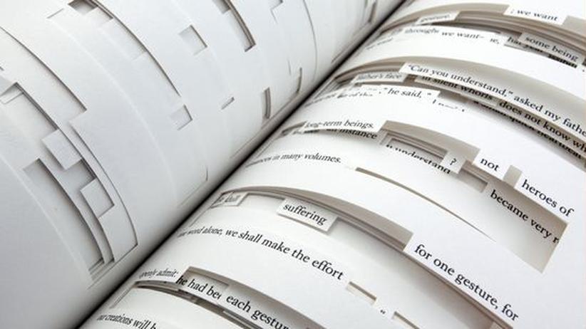 """Jonathan Safran Foer: Ein Buch zum Durchgucken: Eine Seite aus Jonathan Safran Foers """"Tree of Codes"""""""