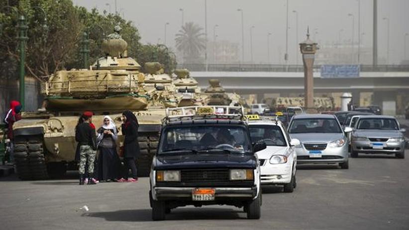 Ägyptische Revolution: Taxis am Tahrir-Platz in Kairo, 2011