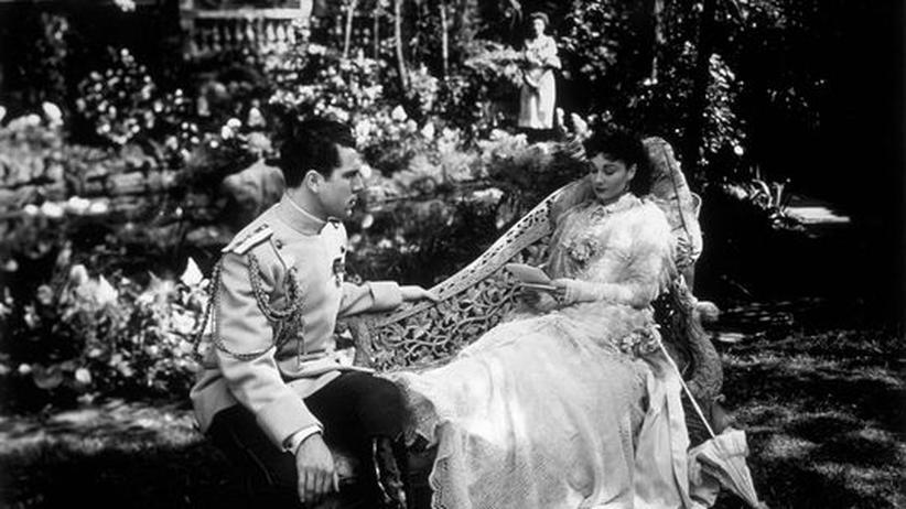 """Literaturgeschichte: Vivien Leigh und Kieron Moore in dem Film Film """"Anna Karenina"""" (Archivbild: 1948)"""