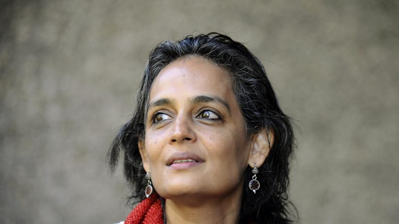 """Arundhati Roy: """"Es gibt einen Mittelklasse-Totalitarismus"""""""