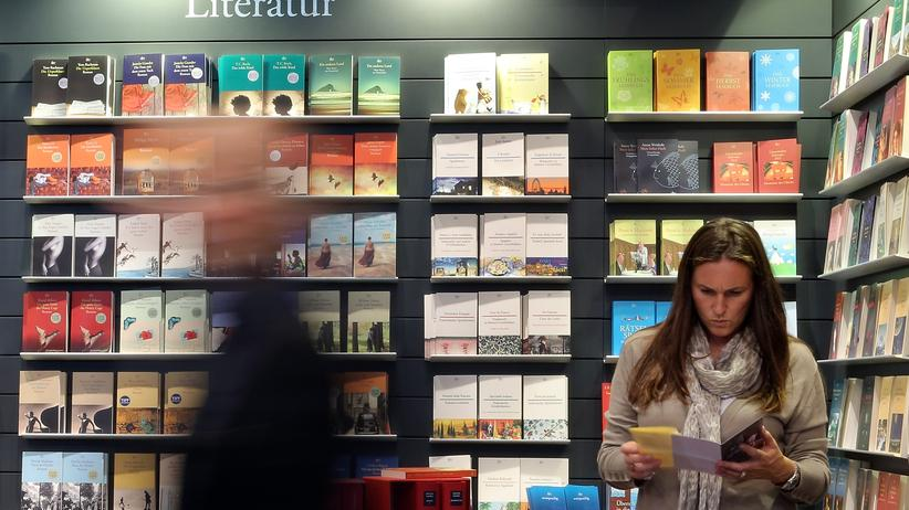 Buchmarkt: Einzelhandel verkauft mehr Bücher