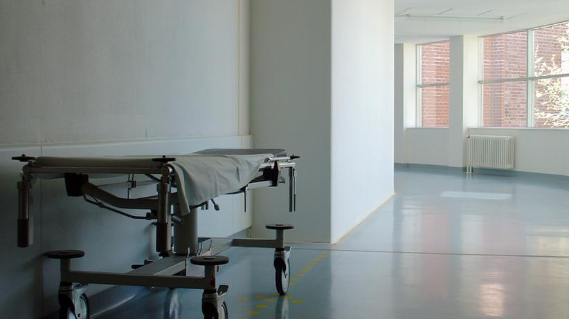 Die Fortschritte der Medizin verstärken bei vielen Menschen die Angst vor einem langen Sterben.
