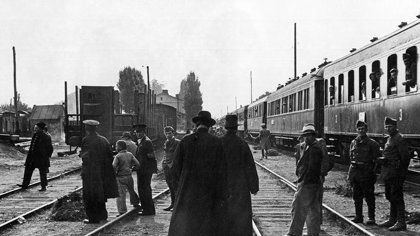 Ursula Ackrill: Ein deutscher Deportationszug im Jahr 1941.