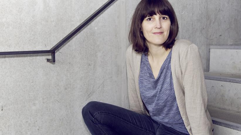 """Roman """"Bodentiefe Fenster"""": Die Schriftstellerin Anke Stelling."""