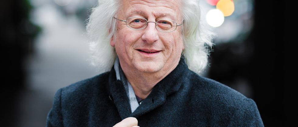 Der Schriftsteller Péter Esterházy