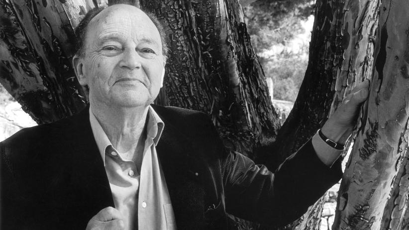 Michel Tournier: Schriftsteller Michel Tournier 2000 im französischen Cassis