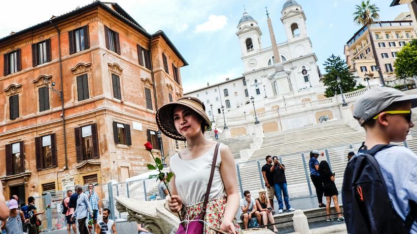 Elena Ferrante: Die Spur führt nach Rom