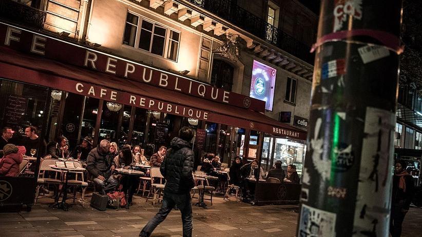 Paris: Café im zehnten Arrondissement