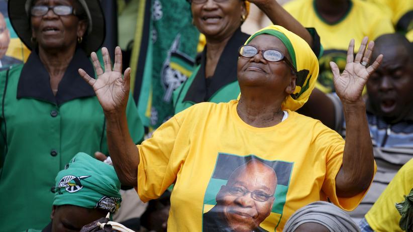 Jacob Zuma: Unterstützerinnen des südamerikanischen Präsidenten Jacob Zuma