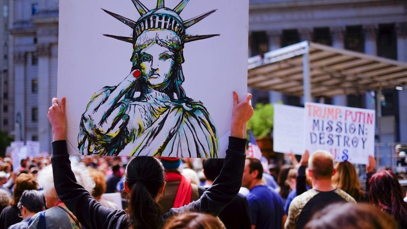 Judith Nisse Shklar: Anti-Trump-Proteste in New York im Juni 2017