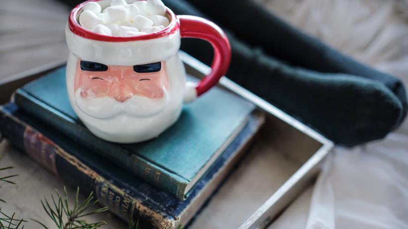 Buchblogs: Bücher sollen angeblich so wohltun wie ein Heißgetränk.