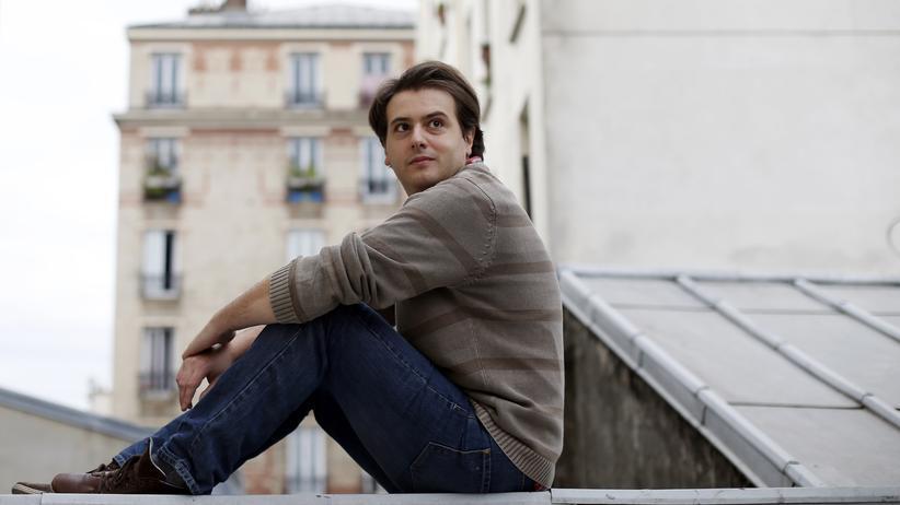 Tristan Garcia: Tristan Garcia ist Franzose und wurde 1981 in Toulouse geboren. Er gilt als eine der prominentesten Stimmen der jungen französischen Philosophie.