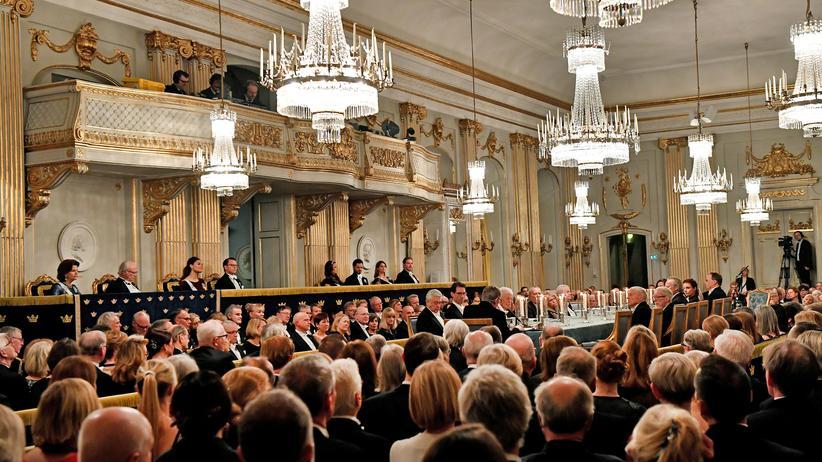 Literaturnobelpreis: Die Schwedische Akademie bei ihrem Treffen im Dezember 2017